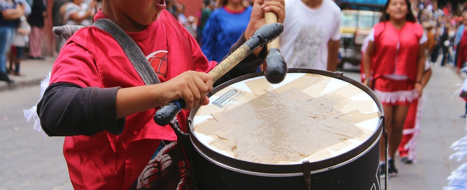 Chant & Percussions